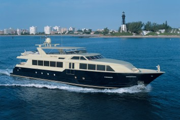 TRUE NORTH Charter Yacht